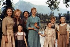 Sound Of Music Tour, Sound Of Music Children, Sound Of Music Quotes, Christopher Plummer, Julie Andrews, Fun Songs, Songs To Sing, Country Music, Musik Wallpaper