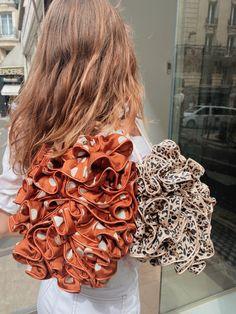 Bandeau, Burlap Wreath, Scrunchies, Dreadlocks, Hairstyles, Wreaths, Beauty, Hairstyle Ideas, Woman