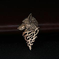 d9cc99fd1e7 1 Pc Charming Vintage Men Punk Wolf Badge Brooch Lapel Pin Shirt Suit  Collar Jewelry Gift