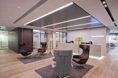 SVM designed high quality executive offices, open plan spaces, board room and meeting suites for trans-Atlantic law firm, Schulte Roth & Zabel LLP.