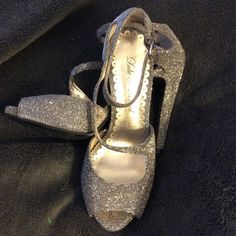 Lulu Townsend Tanner Platform Sandal Silver/Gold hues, 5 1/2M, worn out once! 4 inch heel. Lulu Townsend Shoes Platforms