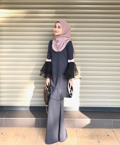 Hijab Gown, Hijab Dress Party, Hijab Outfit, Muslim Fashion, Modest Fashion, Hijab Fashion, Fashion Dresses, Kebaya Muslim, Muslim Dress