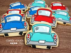 Car cookies by Funky Cookie Studio Car Cookies, Cut Out Cookies, Royal Icing Cookies, Cupcake Cookies, Cupcakes, Sister Bay, Country Walk, Cookie Decorating, Decorating Cakes