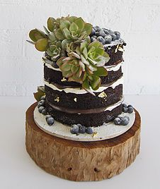 SWEET BLOOM CAKES