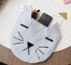 cat pouch bag