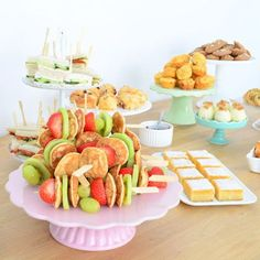 High tea organiseren: tips en recepten - Recept uit myTaste - High tea organiseren: tips en recepten – Recept uit myTaste - High Tea Menu, High Tea Food, High Tea Sandwiches, Cocktail Party Food, Tea Party, Good Morning Breakfast, Tea Recipes, Party Snacks, Yummy Snacks