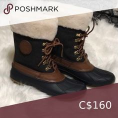 Shop Women's Tory Burch Brown Green size Winter & Rain Boots at a discounted price at Poshmark. Winter Duck Boots, Winter Rain, Plus Fashion, Fashion Tips, Fashion Trends, Rain Boots, Tory Burch, Brown, Closet