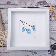 I'm feeling simple today... Take the very best materials... Add some simplicity.. Boom. #pebbleart #pebblepicture #makersinwales #elephantsandbananas #etsyart #etsypebbleart #welshart #seaglassart #upcycledart #recycledart #pebblestories #glassbydesign #originalwallart #familygift #familyart #Inspiration #seahamseaglass #seaham #interiordesign #painting #beachhouse #beachhouse