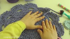 Fingerless Gloves, Arm Warmers, Diy And Crafts, Youtube, Crocheting, Sweet, Design, Cushions, Tricot