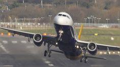 ❝ Este vídeo le saca las ganas de volar a cualquiera [VÍDEO] ❞ ↪ Puedes verlo en: www.proZesa.com