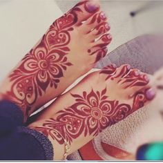 50 Colourful Henna And Mehndi Designs You Must Try Modern Henna Designs, Latest Bridal Mehndi Designs, Mehndi Designs Book, Mehndi Designs For Girls, Mehndi Designs For Fingers, Dulhan Mehndi Designs, Mehndi Designs For Hands, Henna Tattoo Designs, Mehendi