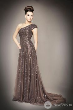 Mac Duggal Couture High Fashion glamour featured fashion Evening Gowns
