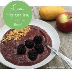 Trying to eat a low histamine diet can quickly become boring!  Here is a recipe for a smoothie bowl that I like as quick breakfast.  Somehow making the smoothie a little thicker and eating i...