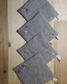 #티코스터~귀요미자수로 #리투아니아린넨이라~수놓는것보다 가장자리바느질에손가락이더아포#프랑스자수 #소품 #embroidery #needlework