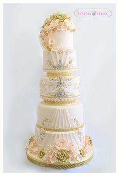 Peach and Gold Cake by Tessa Tina Cakes