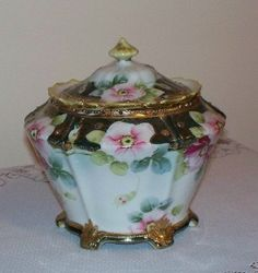 Hand Painted Nippon Porcelain Biscuit Cracker Jar Flowers Gold Moriage Vintage 1910's.