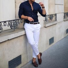 45 Classy Business Casual Outfit In Winter For Men is part of Mens casual outfits - A couple of years in, the idea of casual Fridays snuck into my workplace Business casual outfit in winter is […] Formal Attire For Men, Formal Dresses For Men, Outfit Hombre Formal, Men's Business Outfits, Mens Fashion Wear, Herren Outfit, Winter Stil, Men Dress, Men Casual