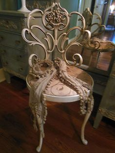 ART NOUVEAU FRENCH IRON DRESSING CHAIR