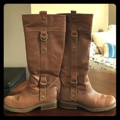 Old Navy Tall Tan Boots with Side Zipper Old Navy Tan low heel boots with side zipper, size 8. Excellent condition. Old Navy Shoes Heeled Boots