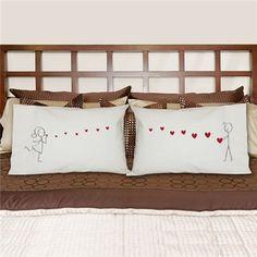 Couples Pillowcases   Kisses Pillowcase Set