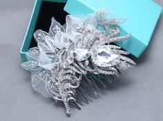 Vintage Lace Bridal Feather Rhinestone Comb Wedding Hair Crystal Headpiece #feathercomb #weddinghaircomb #lacehaircomb #weddingheadpiece #featherheadpiece #feathercrystalcomb
