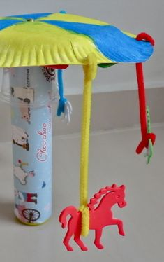 Horse Carousel Craft For Kids / blog.mybabyfootsteps.com