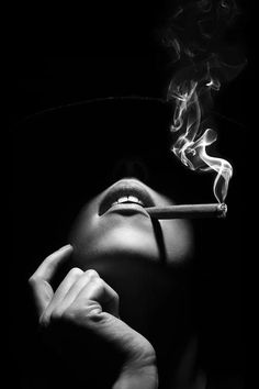 Budiour Photography, Creative Photography, Stunning Photography, Black And White Portraits, Black And White Photography, Boudior Poses, Creative Portraits, Photoshoot Inspiration, Women Smoking Cigars