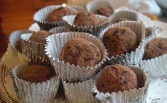 cocoa walnut truffles-dates,walnuts,cocoa,vanilla,salt Egg Free Desserts, Party Desserts, Dessert Recipes, Greek Sweets, Greek Desserts, Cooking Chocolate, Death By Chocolate, Valentine Treats, Vegan Sweets