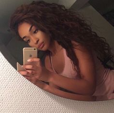 Image in Hair 💁 collection by Kiera on We Heart It Weave Hairstyles, Pretty Hairstyles, Fashion Hairstyles, Curly Hair Styles, Natural Hair Styles, Natural Beauty, Loose Waves Hair, Hair Laid, Big Hair
