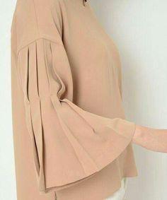 MACAM RAGAM BENTUK MODEL LENGAN BAJU. Kurti Sleeves Design, Sleeves Designs For Dresses, Sleeve Designs, Blouse Styles, Blouse Designs, Hijab Fashion, Fashion Dresses, Men's Fashion, Hijab Stile
