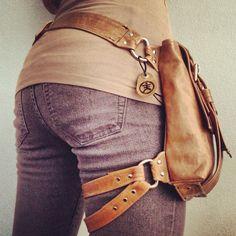 Explorateur TAN Hip Bag par JessicaHaeckel sur Etsy