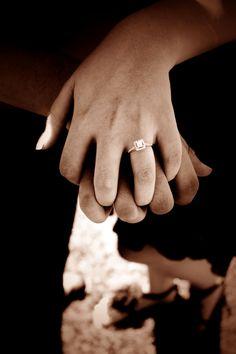Engagement photo & a matching wedding pose?