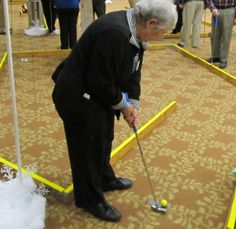 """As snow approaches, seniors at Charlestown Retirement Community are prepared with their own """"Winter Putterland"""""""