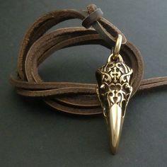 Oiseau crâne crâne Corbeau collier Tribal Design par LostApostle