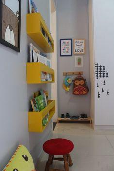 Boys Room Decor, Room Decor Bedroom, Boy Room, Baby Bedroom, Kids Bedroom, Family Room Decorating, Interior Decorating, Brick Wall Decor, Diy Rangement