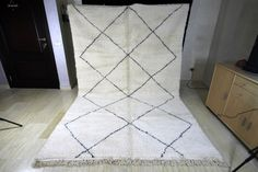 Excited to share the latest addition to my shop: Beni Ourain large handmade wool rug, Beautiful vintage Beni Ouarain Morrocan Rug, Moroccan Berber Rug, Affordable Rugs, Hallway Carpet Runners, Custom Rugs, Geometric Designs, Persian Rug, Woven Rug, Handmade Rugs