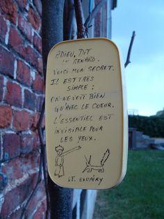 Parada número 13 en la ruta artística de El Principito. Cartel situado cerca del Seminario de Abbaye de Floreffe (Bélgica) Gracias a @Lara Romero