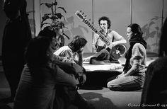 Intimate Concert; Montréal, Québec  Photo by Richard Guimond ©1982 19820127 008 (3)f Nikon F 50mm f1.4 Tri-X D-76