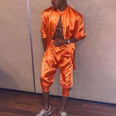 Studio 54 Fashion, Silk Suit, Short Suit, Summer Suits, Pants Outfit, Shirts, Fashion Suits, Men Fashion, Casual Outfits