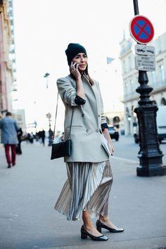fashion-clue:    15x20:    more street style here   www.fashionclue.net| Fashion Tumblr Street Wear & Outfits