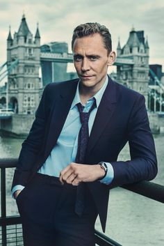 More Hiddleston being a cool cat!