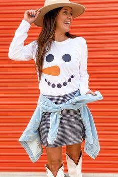 Snowman Tee – Melissa Jean Boutique Snowman, Long Sleeve Tees, Crew Neck, Super Cute, Boutique, Latest Fashion, Sleeves, Ship, Blouse
