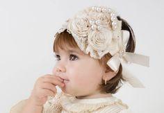 As mais lindas tiaras para bebê, você aprende a fazer aqui, veja os mais lindos modelos de tiaras para bebês para serem feitos.
