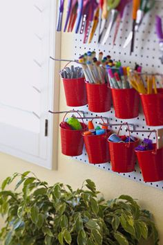 What a wonderful and CHEAP organization tool for the classroom!