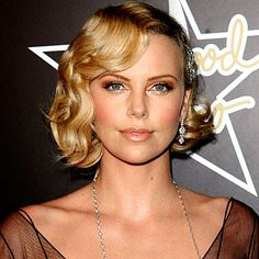 let's go a little bronzy for the california girl Charlize Theron - Hollywood Waves - Get Hollywood Hair - Hair - InStyle Vintage Short Hair, Vintage Wedding Hair, Short Wedding Hair, Wedding Hair And Makeup, Vintage Bob, Vintage Bridal, 1920s Hair Short, Trendy Wedding, Vintage Glam