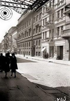 Jaracza Str. between Kilinskiego Str. and Wschodnia Str., 1930, Lodz, Poland