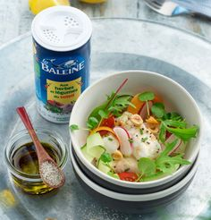 Salade de cabillaud, aux herbes et légumes du soleil «La Baleine» #recette #gastronomie #poisson