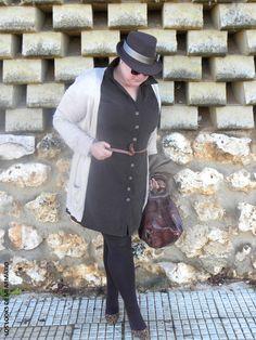 vestido-marron-festa-los-looks-de-mi-armario-blogger-madrid-blogger-curvy-talla-grande-plus-size-ropa-XL-ropa-festa-personal-shopper-madrid-look-marron-chocolate-01