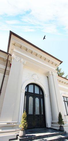 Gauss bacau exterior Yellow office architecture