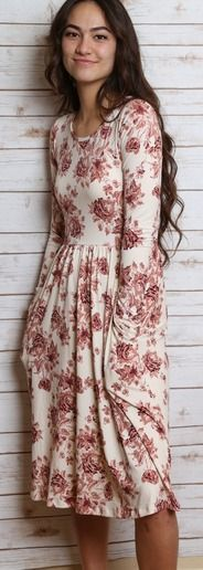 Breathtaking 65+ Best Floral dresses Inspirations https://fashiotopia.com/2017/05/30/65-best-floral-dresses-inspirations/ As a woman you will never be able to quit loving the tunic. Knit tunics are going to keep you warm and are great for the present season. They have been around forever and have never really gone out of fashion.